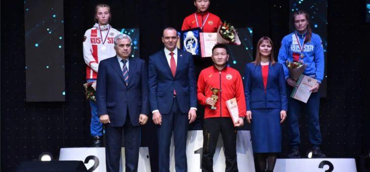 Вероника Чумикова и Алена Тимофеева серебряные призеры кубка России по женской спортивной борьбе